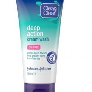 Clean Clear Deep Action Cream Wash 150ml